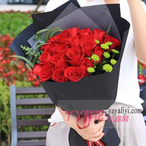花樣年華-19朵紅玫瑰雛菊適量
