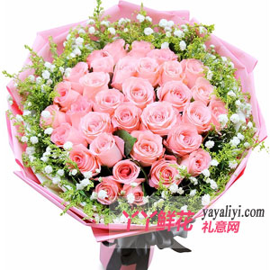 粉色玫瑰花送女朋友合适吗?