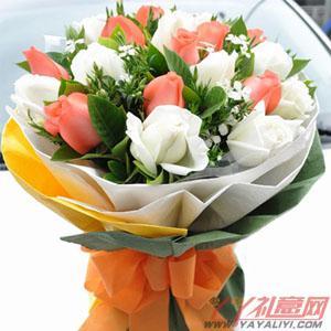 鮮花11朵白玫瑰11朵粉...