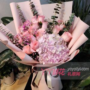 送母亲玫瑰花一般送19朵戴安娜粉玫瑰粉绣球