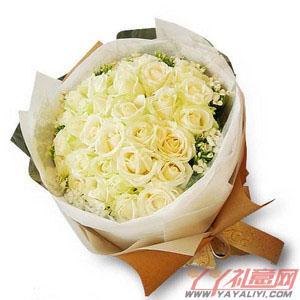 鮮花速遞33枝白玫瑰訂花