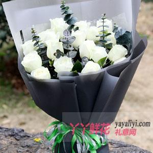 爱你一生不变-19枝白色玫瑰