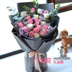 16朵戴安娜3朵白玫瑰