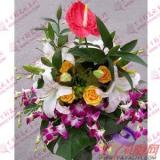 西安讲台花1枝红掌3枝多头白百合6枝黄玫瑰