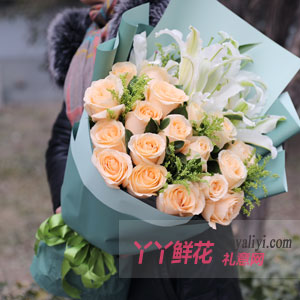19朵香槟玫瑰6朵百合黄...