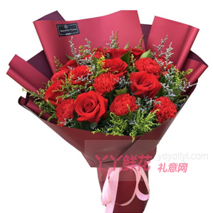 9枝紅色康乃馨11枝紅玫瑰搭配黃鶯