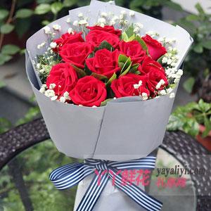 鮮花11朵紅玫瑰搭配梔子...