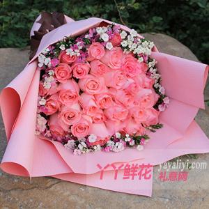 33朵粉玫瑰相思梅