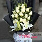 鲜花速递19支白玫瑰3枝百合