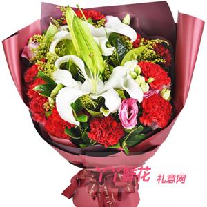我愛媽媽-19枝紅色康乃馨2枝多頭白百合洋桔梗