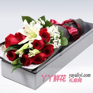 浪漫爱恋-11朵红玫瑰1枝多头百合礼盒