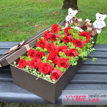 爱到永久-鲜花礼盒19朵红玫瑰2只小熊