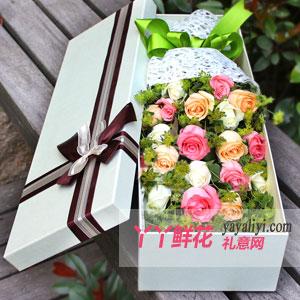 19朵混搭玫瑰淺色禮盒