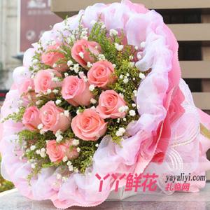 第一次送花给女孩子送11枝粉玫瑰