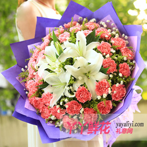 66朵粉色康乃馨2枝多頭白色香水百合