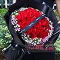 送女友33朵紅玫瑰花束外圍相思梅