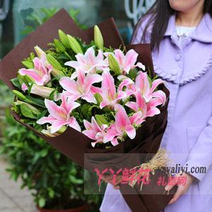 朋友过生日送什么鲜花合适?