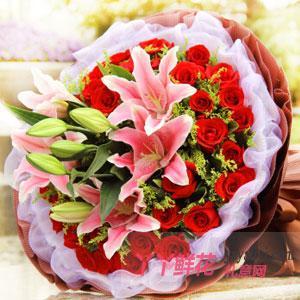 33朵紅玫瑰6朵粉色百合