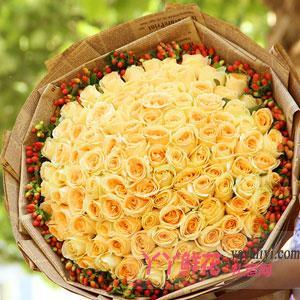 99朵香槟玫瑰外围红豆