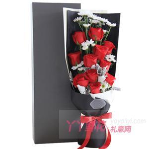 11朵卡羅拉紅玫瑰4枝白...