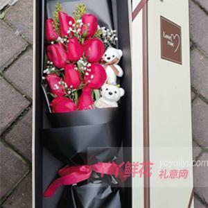 11朵红色玫瑰2只小熊黄...