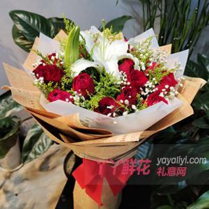19朵红玫瑰1枝多头百合...